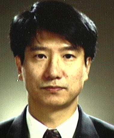 김종준(金鍾俊) 교수님 사진