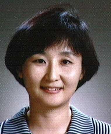 김화정(金禾楨) 교수님 사진