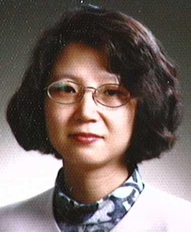 함동주(咸東珠) 교수님 사진