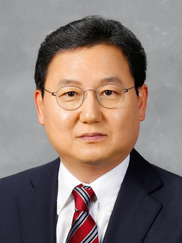 정명호(鄭明鎬) 교수님 사진