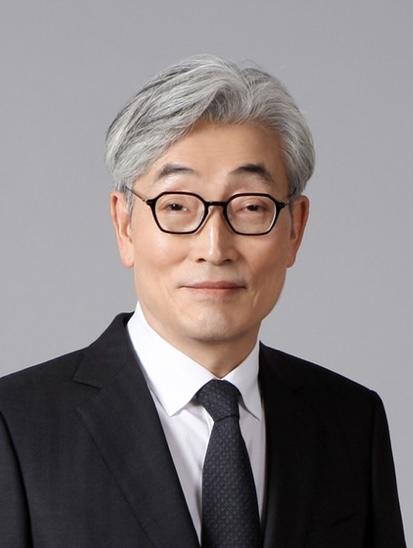 김현중(金炫重) 교수님 사진