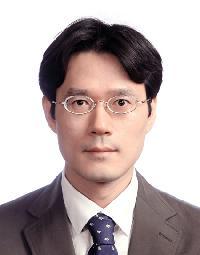 김범산(金범산) 교수님 사진