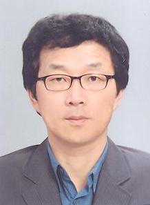 정호영(丁虎榮) 조교수님 사진