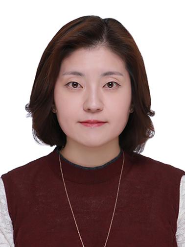 강윤희(姜允姬) 교수님 사진