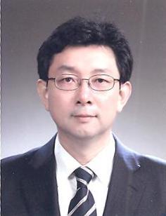최경석(崔敬石) 부교수님 사진