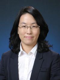 김희선(金希宣) 교수님 사진