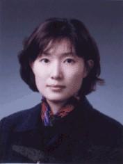 김유경(金瑜卿) 교수님 사진