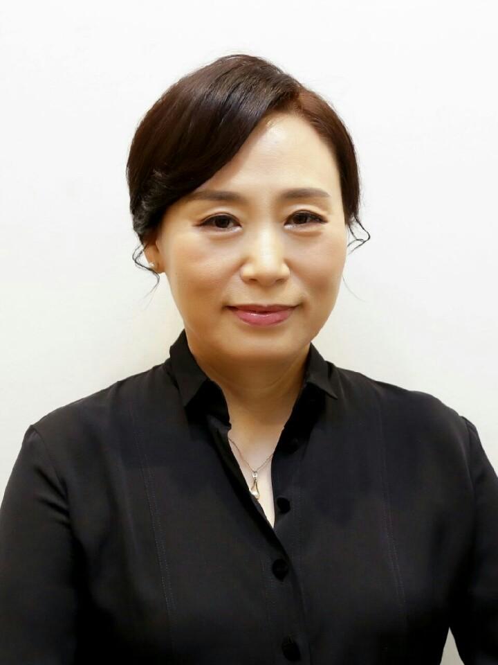 정현미(鄭賢美) 교수님 사진