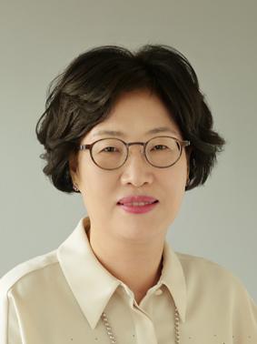 김희선(金熹宣) 교수님 사진