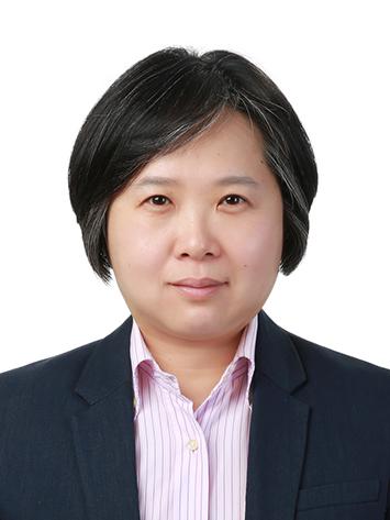 김윤경(金玧慶) 교수님 사진
