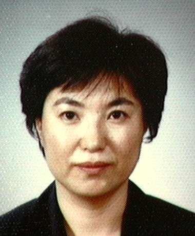 김은실(金恩實) 교수님 사진