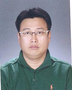 김현석(金賢錫) 부교수님 사진