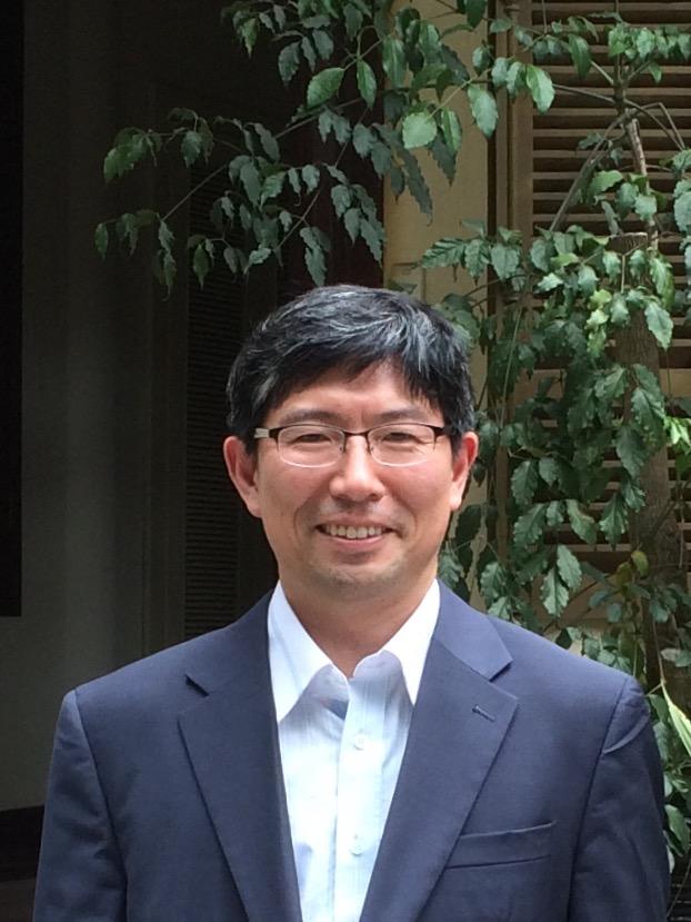 김대인(金大仁) 교수님 사진