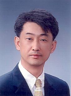 윤보석(尹甫錫) 교수님 사진