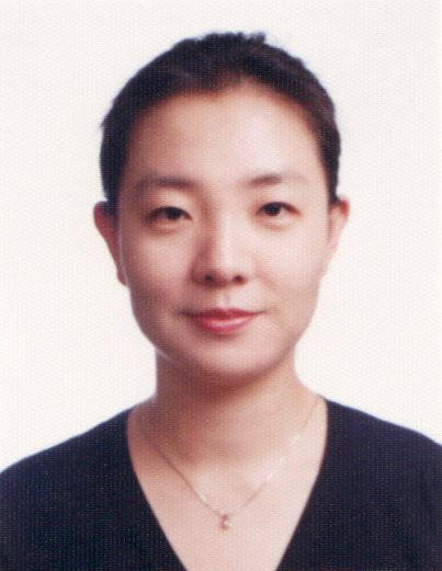 배현아(裵賢娥) 부교수님 사진