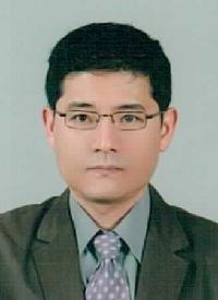 김남시(金楠時) 교수님 사진