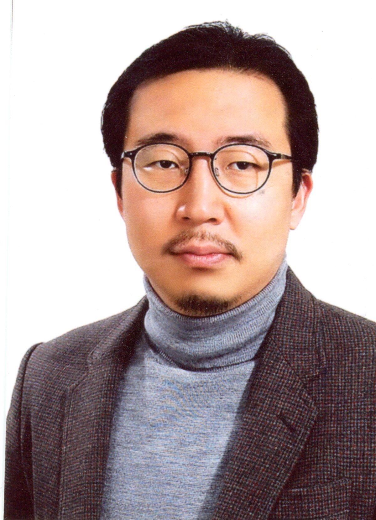 노상호(魯相豪) 조교수님 사진