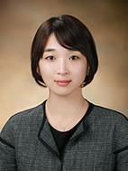 최유진(崔有鎭) 부교수님 사진