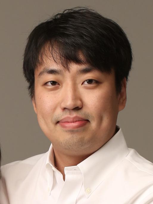 이동환(李東桓) 조교수님 사진