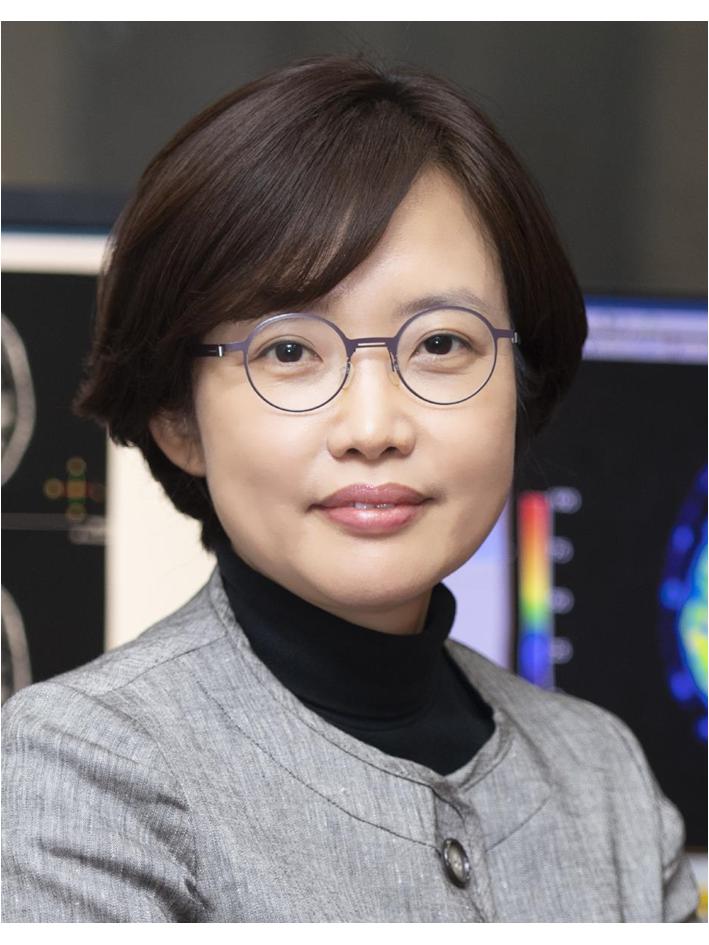 윤수정(尹秀貞) 교수님 사진