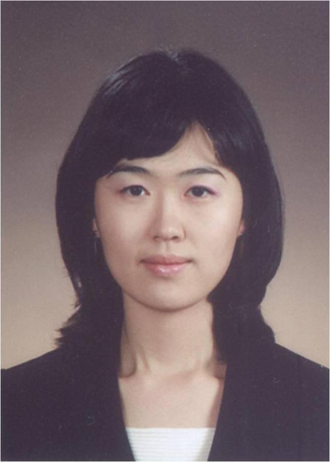 김예미(金睿?) 교수님 사진