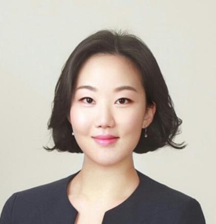 Hannah Jun(전희경)(全喜卿) 조교수님 사진