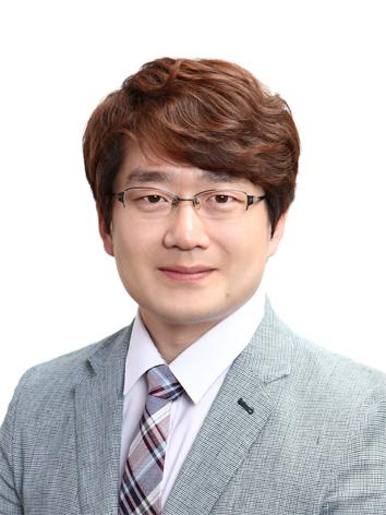 이진형(李珍炯) 조교수님 사진