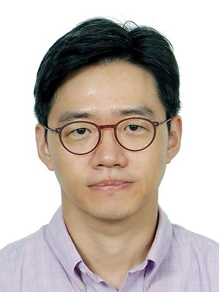 김휘영(金輝瑛) 교수님 사진
