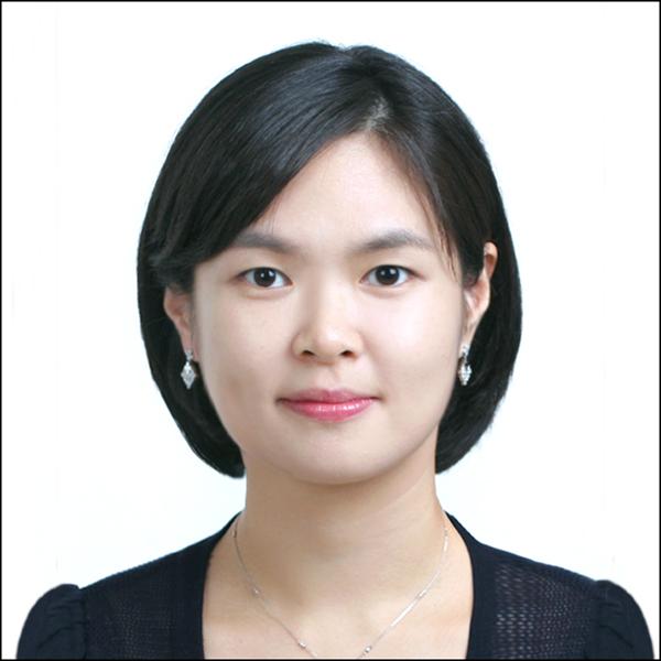 최남경(崔楠卿) 부교수님 사진