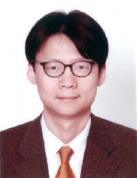 김용균 교수님 사진