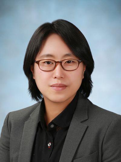 김선희(金宣姬) 조교수님 사진